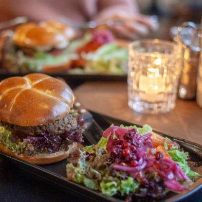 Kassiopeia tarjoaa pääkaupunkiseudulla herkullisia ravintolaelämyksiä.