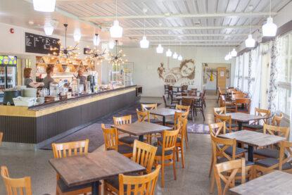 Seurasaaren Kruunun viihtyisä kahvila on varattavissa yksityistilaisuuksiin!